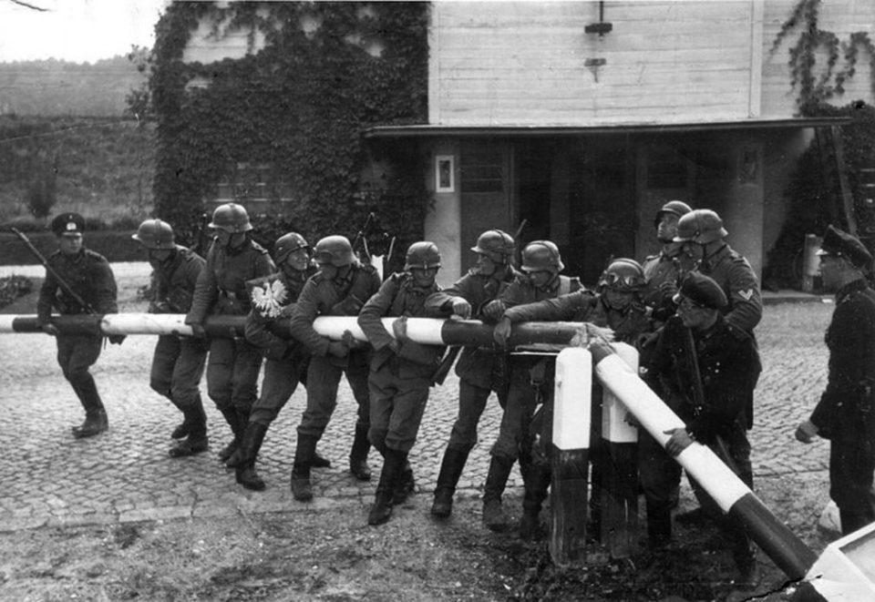 Deutsche an der polnischen Grenze bei Danzig, 1.09.1939 (Danzig) gemeinfrei